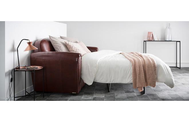 canap club convertible cuir marron clair 3 places cuir de vachette miliboo. Black Bedroom Furniture Sets. Home Design Ideas