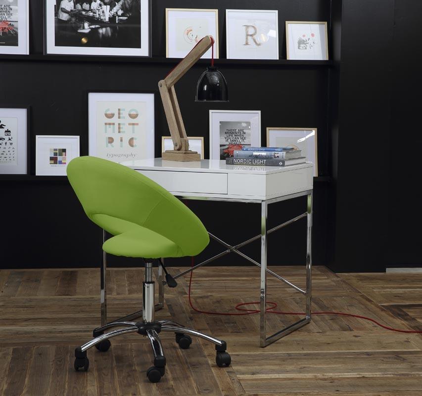 Chaise de bureau design verte à roulettes PINTO