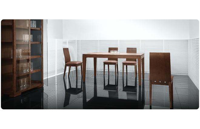 Chaise de cuisine salle manger en bois couleur for Chaise de salle a manger de couleur