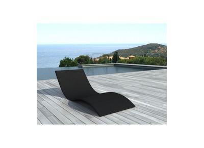 Chaise longue jardin meuble de jardin pas cher miliboo Chaise longue en resine tressee pas cher