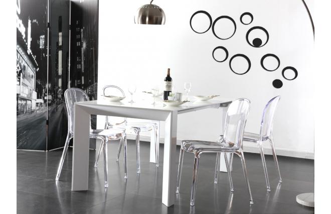 chaises design transparentes polycarbonate thalysse lot de 4 miliboo. Black Bedroom Furniture Sets. Home Design Ideas