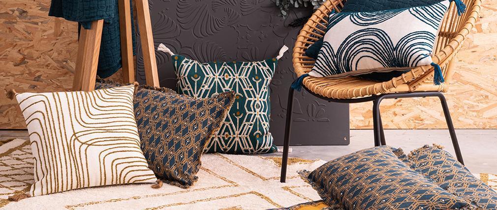 Coussin brodé avec pompons bronze 45 x 45 cm ONDE