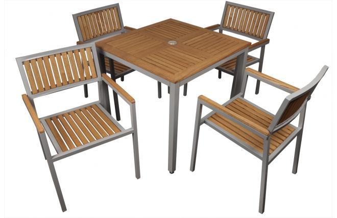 Ensemble table et chaises jardin tinos miliboo for Poltroncine in ferro da esterno
