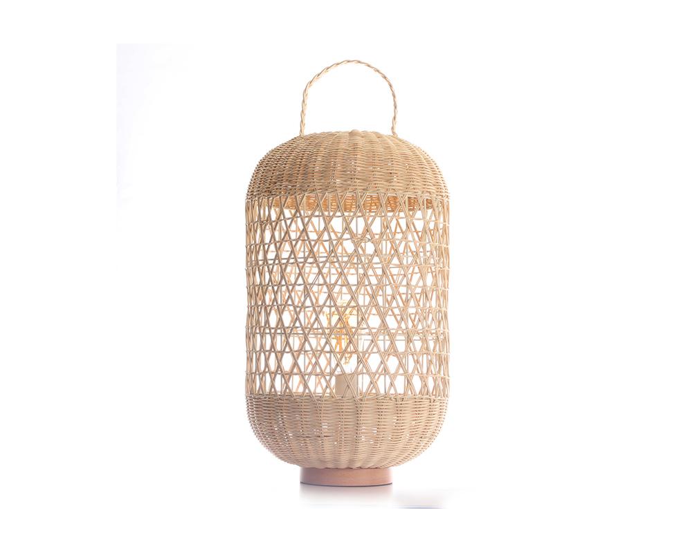 Lampe de sol en rotin MOOREA - Miliboo