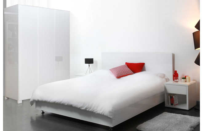 lit design laqu blanc 2 personnes 160x200 cosmo miliboo. Black Bedroom Furniture Sets. Home Design Ideas