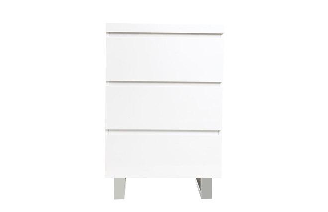 Meuble d 39 appoint blanc laqu juno miliboo for Miroir des modes 427
