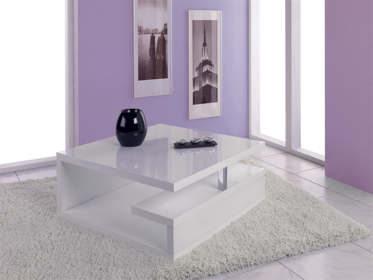 table basse jusqu 66 d co maison pureshopping. Black Bedroom Furniture Sets. Home Design Ideas