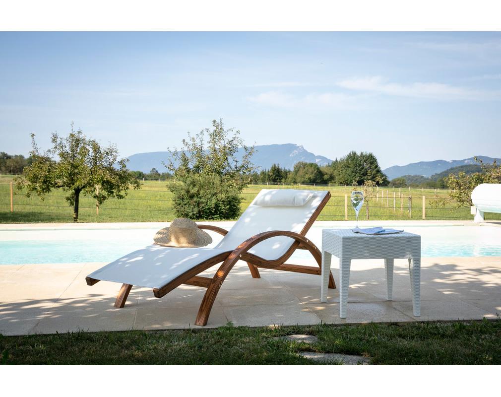 Table d\'appoint de jardin en résine tressée blanche SAMOA ...