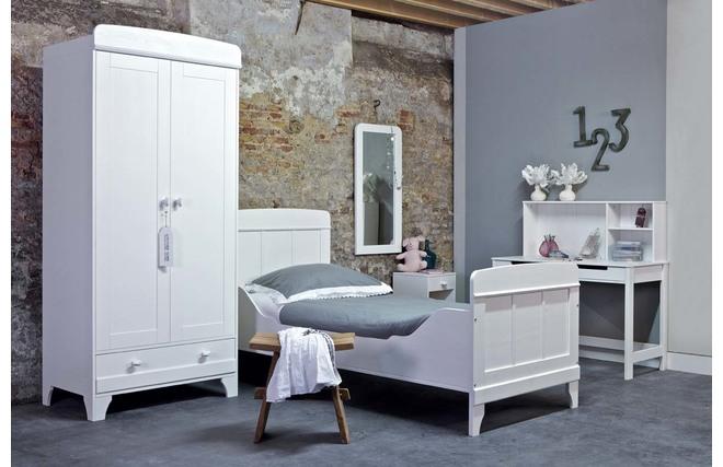 Table de chevet en pin blanc zilla miliboo for Miroir des modes 427