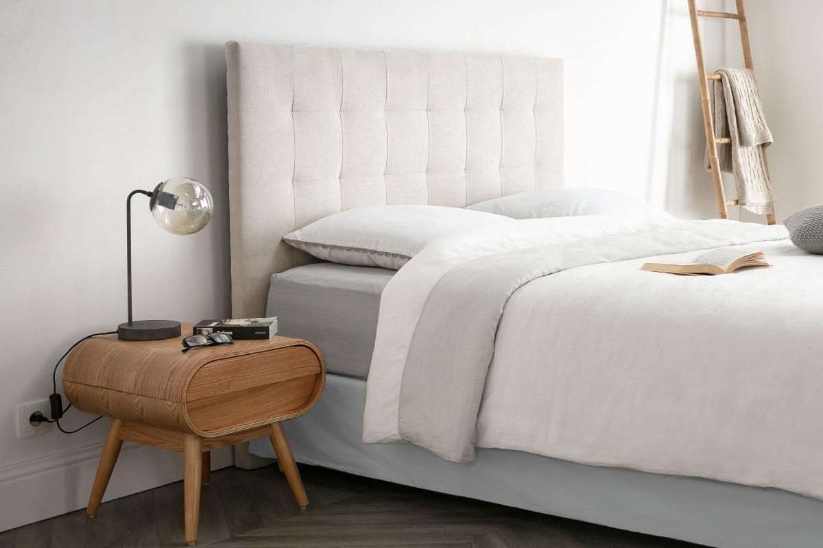 Tête de lit capitonnée en tissu beige 8 cm HALCIONA - Miliboo